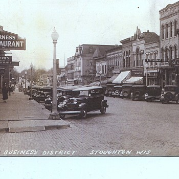 Stoughton_Main_St